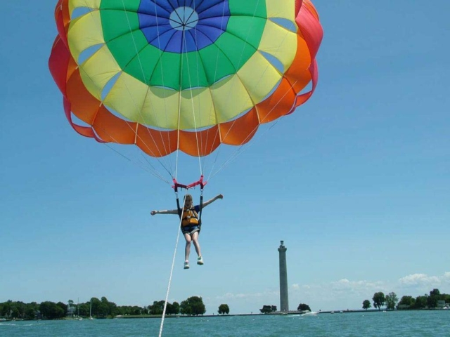 Put-in-Bay Parasailing