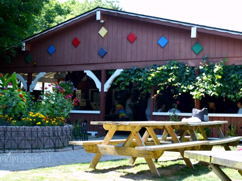 heinemans winery gazebo