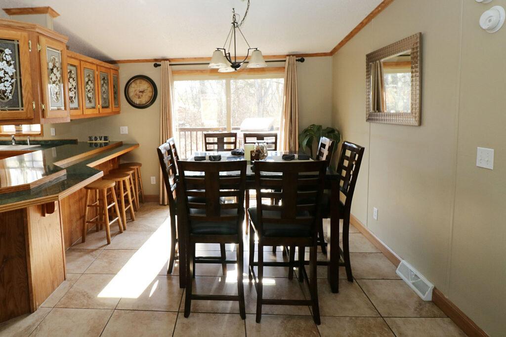 Island Club Rental Home Dining
