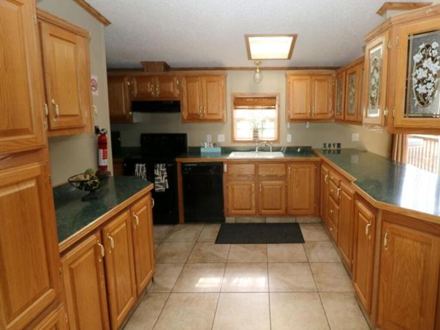 Island Club Rental Home Kitchen