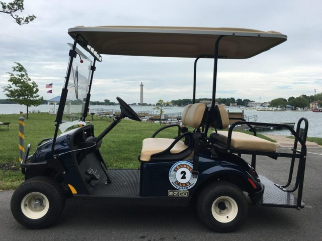 Put-in-Bay Island Club 4-Person Golf Cart