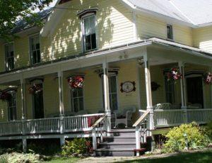 Ashley's Island House B&B