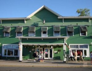 Carriage House Put-in-Bay Shopping